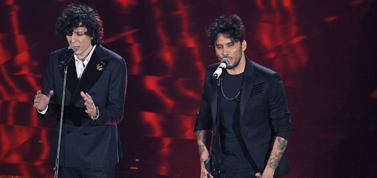 Sanremo 2018, Ermal Meta e Fabrizio Moro sono stati sospesi