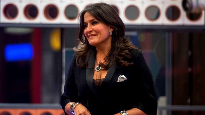 Aida Nizar, l'incidente in scooter e la sua risposta (VIDEO)
