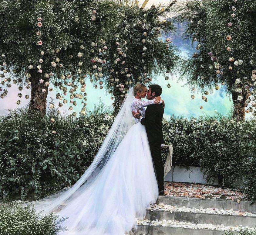 Matrimonio In Diretta Ferragnez : Ferragnez selvaggia lucarelli commenta il matrimonio