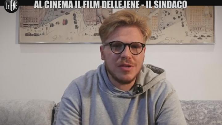 'Il Sindaco, Italian Politics for Dummies', il film di Ismaele La Vardera sbanca nei cinema – VIDEO