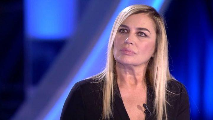 """Lory Del Santo: """"Sono stata vittima di violenza due volte"""""""