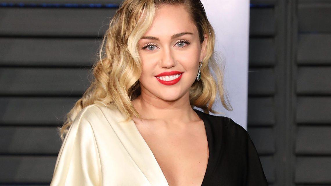 Black Mirror 5: Miley Cyrus protagonista di un episodio