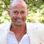 Stefano Bettarini nuovo naufrago dell'Isola dei famosi