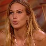 """Taylor Mega prima dell'Isola: """"Tre settimane e torno"""", scoppia la polemica"""