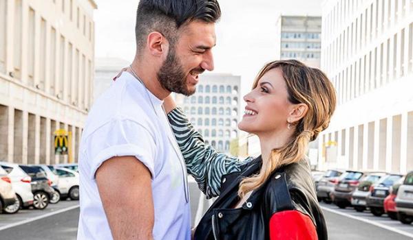 """Lorenzo Riccardi e Claudia, convivenza: """"Siamo perfettamente in sintonia"""""""
