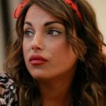 """Francesca De Andrè minaccia Onestini: """"Prendo la mazza e faccio razzia"""""""