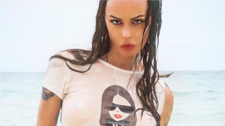 Nina Moric sensuale su Instagram: il suo corpo da urlo fa impazzire i fan