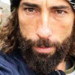 """Vittorio Brumotti aggredito a Pescara insieme alla sua troupe: """"È successo un patatrac"""""""