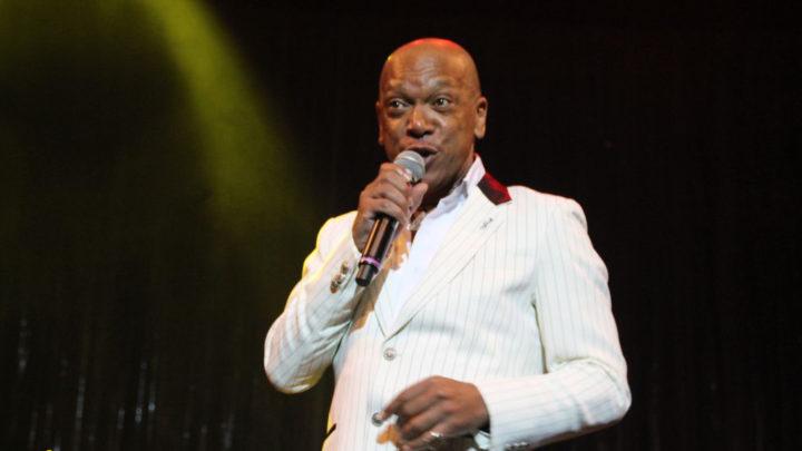 Chi è Vicus, cantante sulla Costa Victoria?