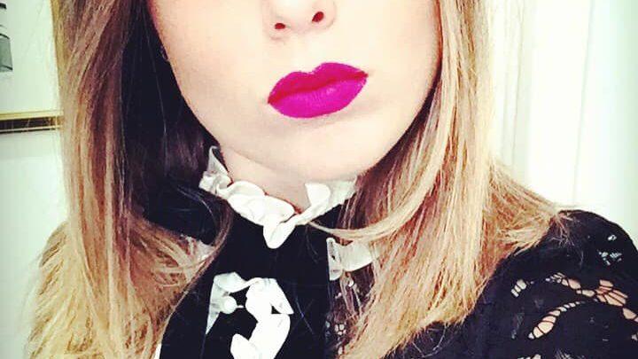 Very Instagram People, intervista esclusiva ad Angewomon, spiritosa influencer creatrice di porciland