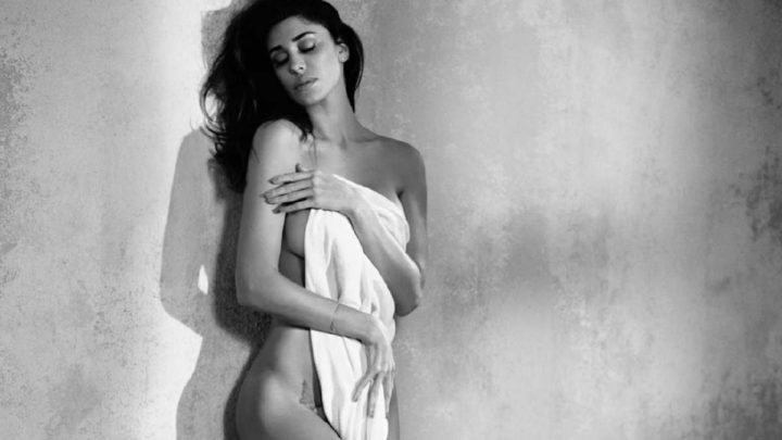 Belen Rodriguez completamente nuda su Instagram: la foto sexy fa impazzire i fan