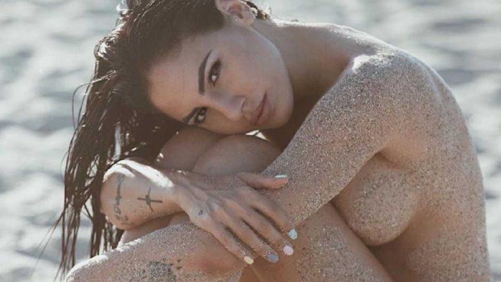Giulia De Lellis nuda su Instagram: la foto hot manda i fan in delirio