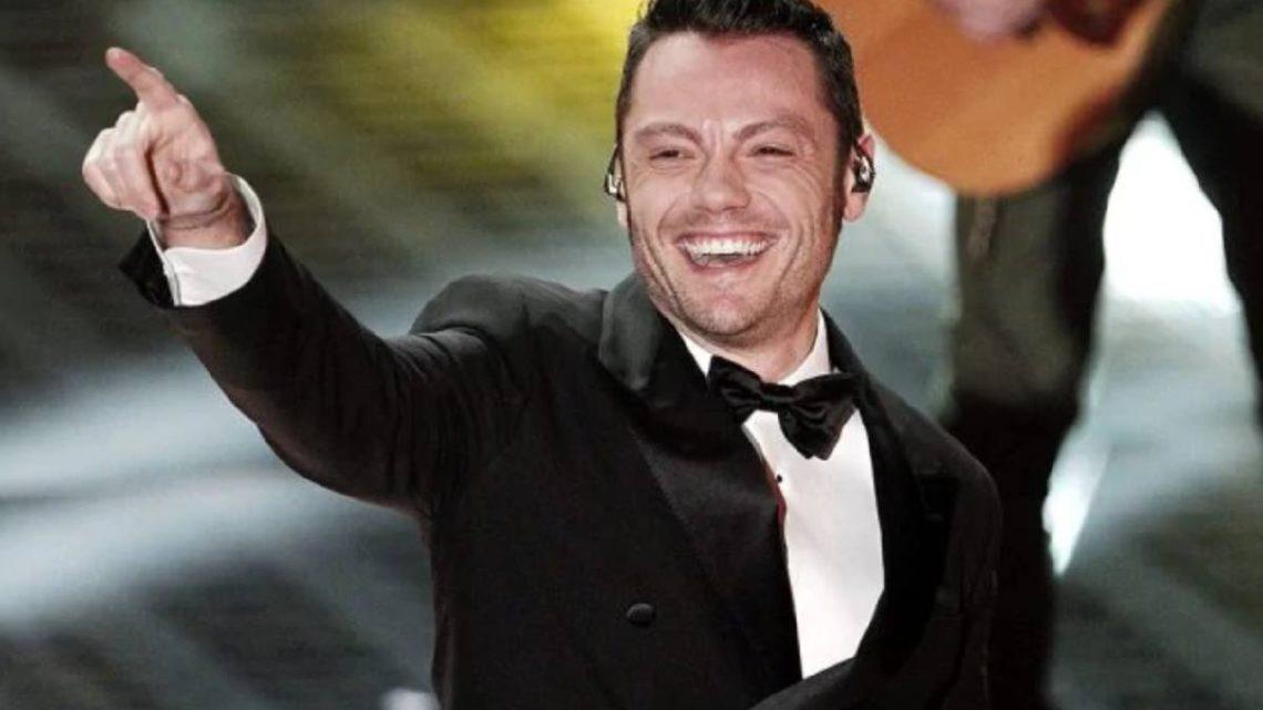 Sanremo 2020, Tiziano Ferro: Amadeus ufficializza la sua presenza a tutte le serate del Festival