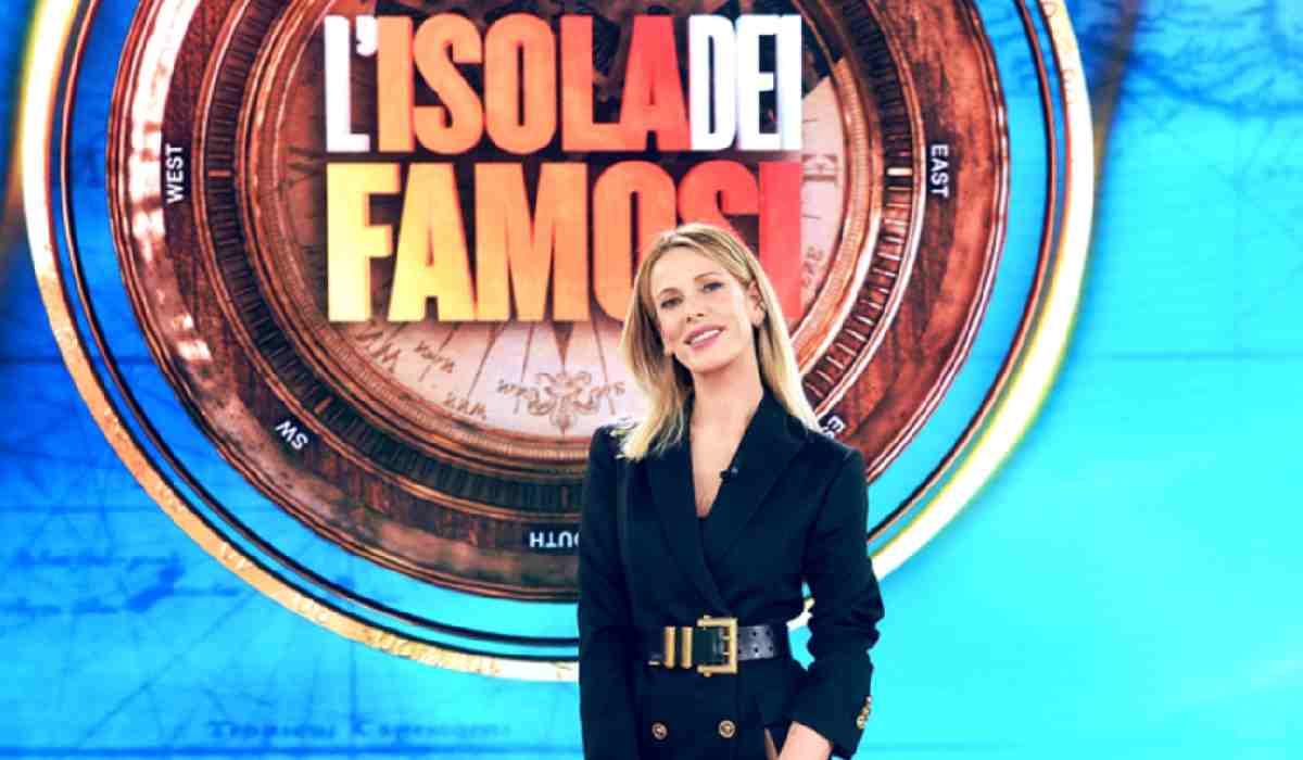 Alessia Marcuzzi, Isola dei famosi