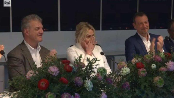 Antonella Clerici in lacrime a Sanremo 2020: le parole di Stefano Coletta la emozionano