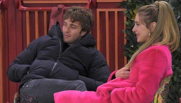 """Grande Fratello Vip, Clizia gelosa di Paolo a causa di Sara Soldati: """"Altro che i capelli. Io taglio qualcos'altro…"""""""