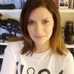 """Laura Pausini lancia un appello ai fan sul Coronavirus: """"La situazione è seria, state a casa"""""""