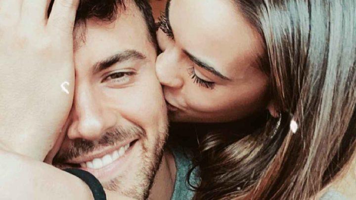 Veronica BurchiellieAlessandro Zarino, crisi superata: lei gli dedica parole d'amore su Instagram