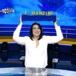 """Striscia La Notizia, è il giorno della """"prima"""" di Francesca Manzini alla conduzione"""