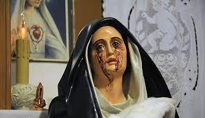 Madonna di Giampilieri piange lacrime di sangue: non accadeva da diversi anni