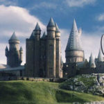 J.K Rowling porta Hogwarts a casa