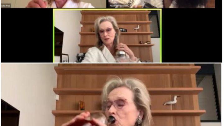 Meryl Streep incanta il web in vestaglia mentre canta e prepara un cocktail
