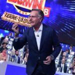 Ascolti TV primetime, sabato 18 aprile 2020: Ciao Darwin 8-Terre desolate al 20.2%, Roberto Bolle-Danza con me Best Of al 10.4%