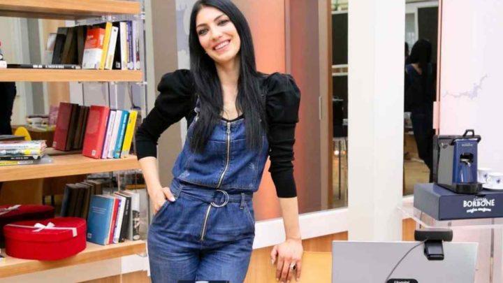 Uomini e Donne, oggi: Sammy delude Giovanna Abate, Alessandro la fa emozionare