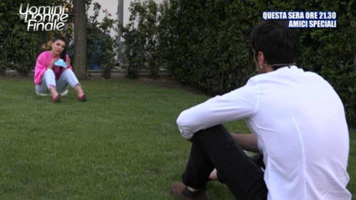 Uomini e Donne, oggi: Giovanna Abate corre dietro ad Alessandro, tornerà in studio a corteggiarla?