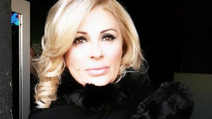 "Tina Cipollari, quarantena senza Vincenzo: ""Le prime settimane avevo gli incubi…"""