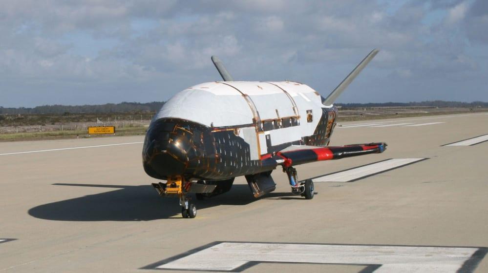 X-37B, il misterioso aereo spaziale dell'Aeronautica Militare in viaggio per la sesta volta
