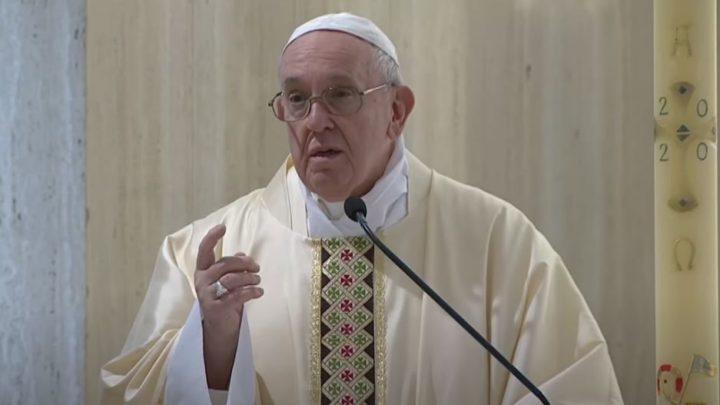 Domenica 3 maggio 2020, il vangelo del giorno e le parole del Papa nella domenica del Buon Pastore
