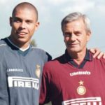 Lutto nel mondo del calcio: se ne va Gigi Simoni, primo allenatore del Fenomeno Ronaldo in Italia