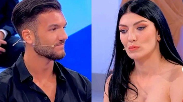Uomini e Donne, oggi: duro scontro tra Giovanna Abate e  Davide, in studio torna Alessandro
