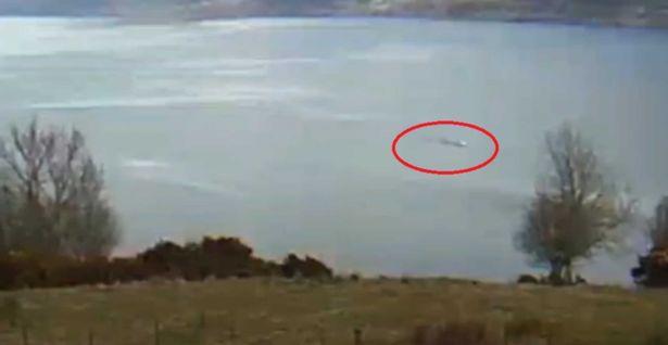 Avvistato Nessie: il mostro di Loch Ness finalmente immortalato? – VIDEO