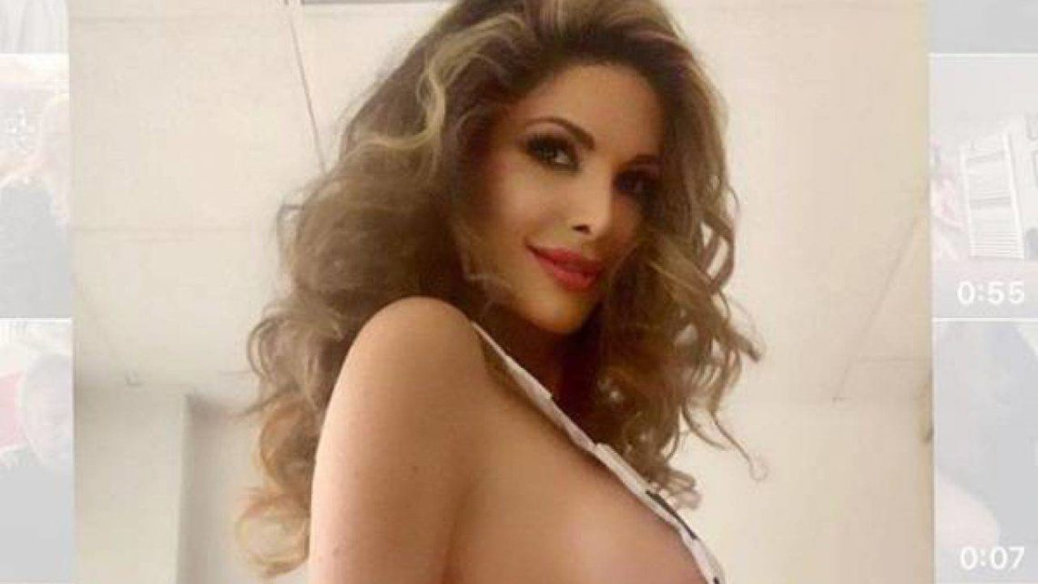 Maria Monsè hot su Instagram: in bikini fa impazzire i fan (e li fa sorridere)