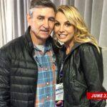 Britney Spears ostaggio del padre? Le proteste del movimento #FreeBritney non sembrano avere riscontri