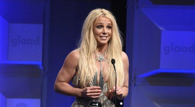 """Movimento Free Britney: di che si tratta? Per liberare Britney Spears dal """"padre padrone"""" Jamie"""