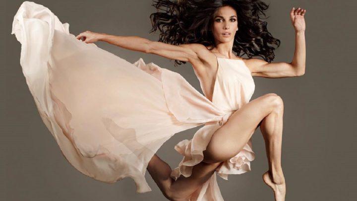 Elena D'Amario, la ballerina di Amici e l'incredibile somiglianza con la mamma