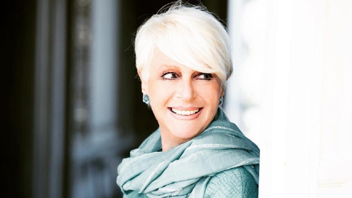 Chi è Loretta Goggi: curiosità, biografia e grandi successi dell'artista capitolina
