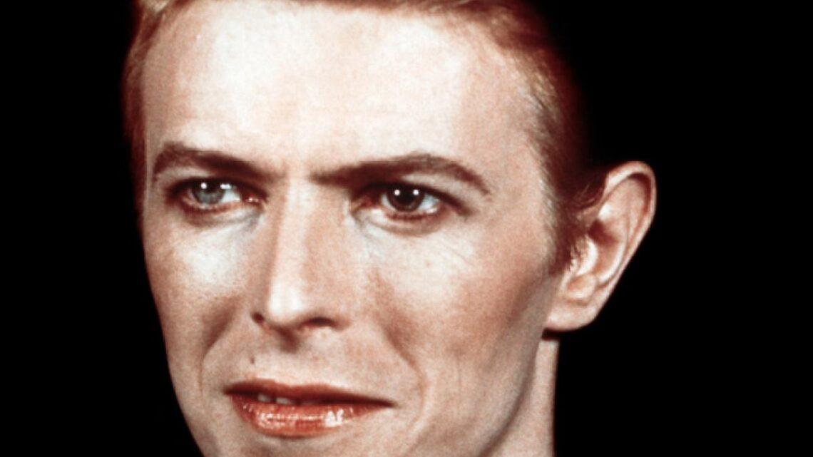 """David Bowie, la nascita di Mtv: """"Perché non trasmettete i video di artisti neri?"""""""