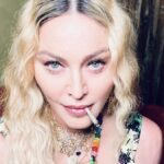 Madonna a 62 anni festeggia con spinelli e marijuana
