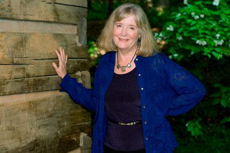 Chi è Emilie Richards: curiosità e biografia della scrittrice americana di romanzi rosa