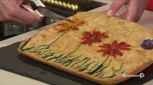 Cotto e Mangiato, ricetta 21 Settembre 2020: focaccia decorata