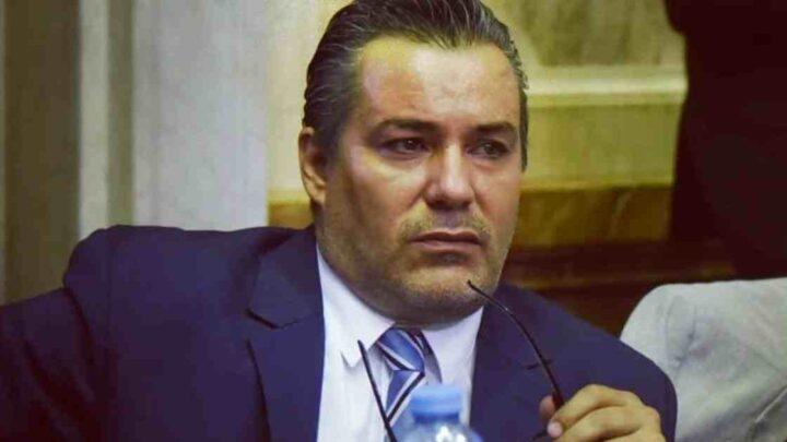 Siparietto hot durante videoconferenza: deputato argentino scambia effusioni con la sua fidanzata