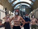protesta femministe museo parigi