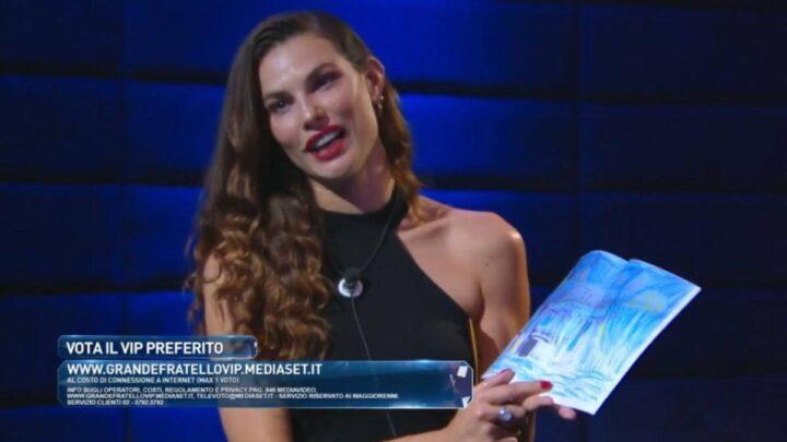 Dayane Mello riceve un regalo dalla figlia: la gieffina ringrazia Stefano Sala