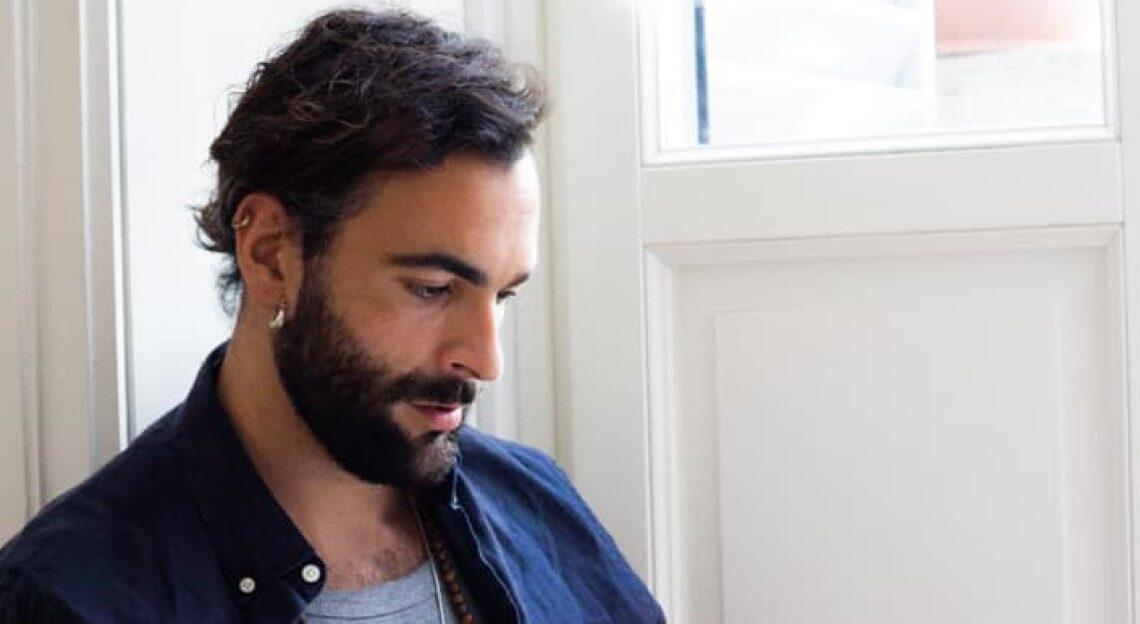 Duemila Volte è platino: il successo dell'album di Mengoni manda in visibilio i fan #DuemilaVoltePlatino