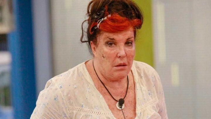 """Le macchie sul viso di Patrizia De Blanck causate da una terribile malattia: """"Ho rischiato la meningite fulminante"""""""