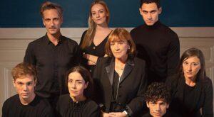 Qualcuno deve morire |  la recensione |  un dramma familiare nella Spagna franchista